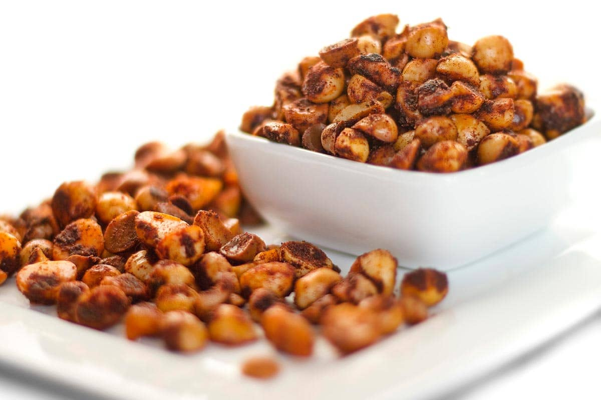 Roasted Macadamia Nuts